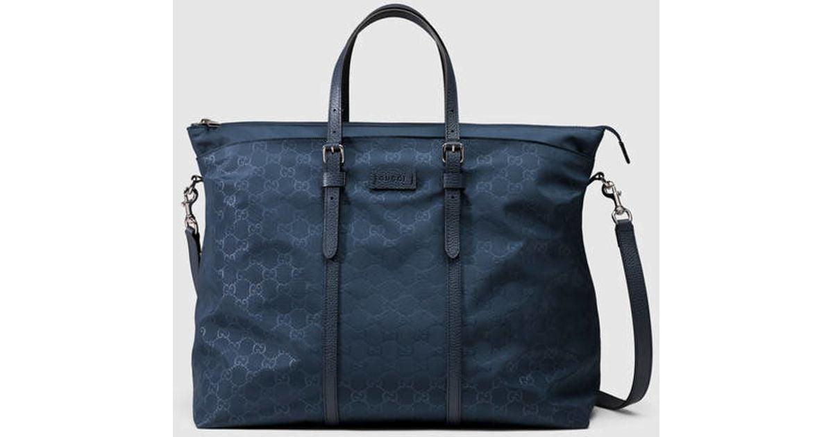 b5cedbba6743 Gucci Nylon Ssima Light Duffle Bag in Blue - Lyst