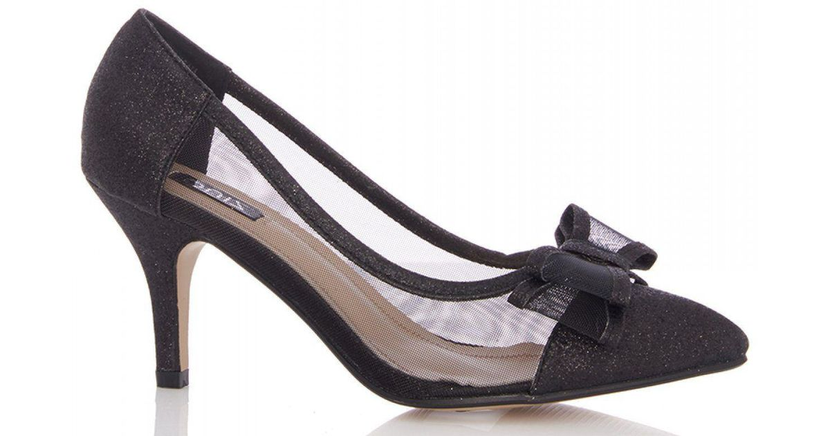 dbfc8054ea3 Quiz Black Bow Mesh Point Low Heel Courts Shoes in Black - Lyst