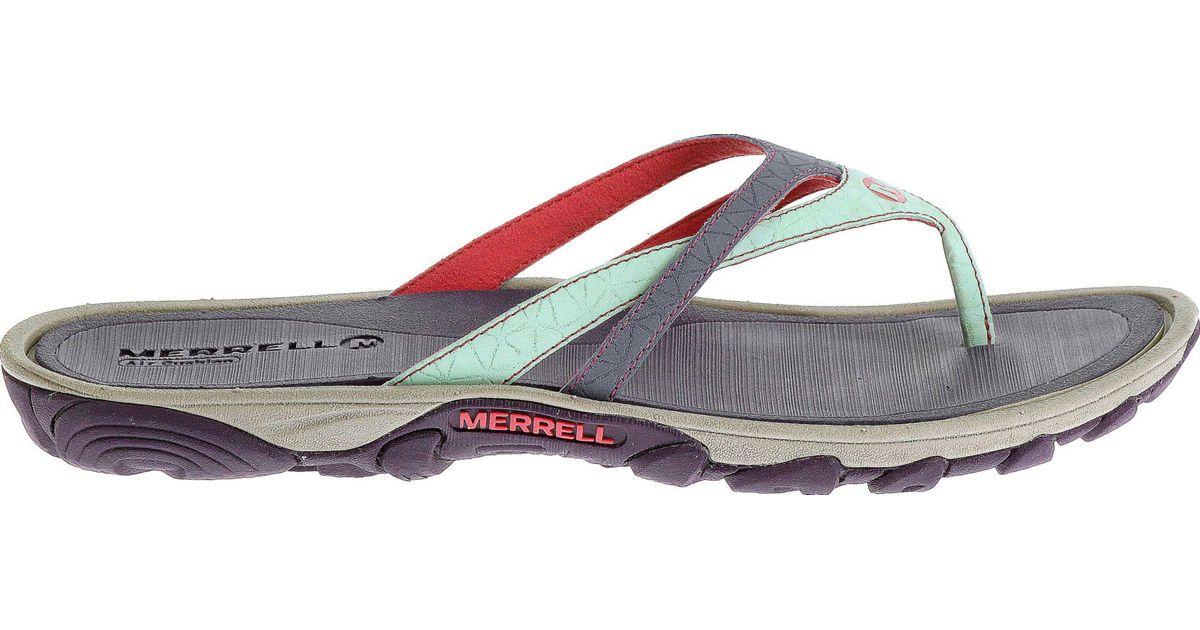 d17f10fdfd9 Lyst - Merrell Enoki Flip Flops in Purple