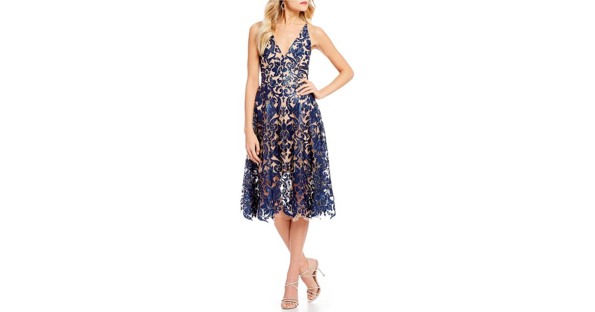 cdde58cbe26 Dress the Population Blair Deep V-neck Sequin Lace Midi Dress in Blue - Lyst