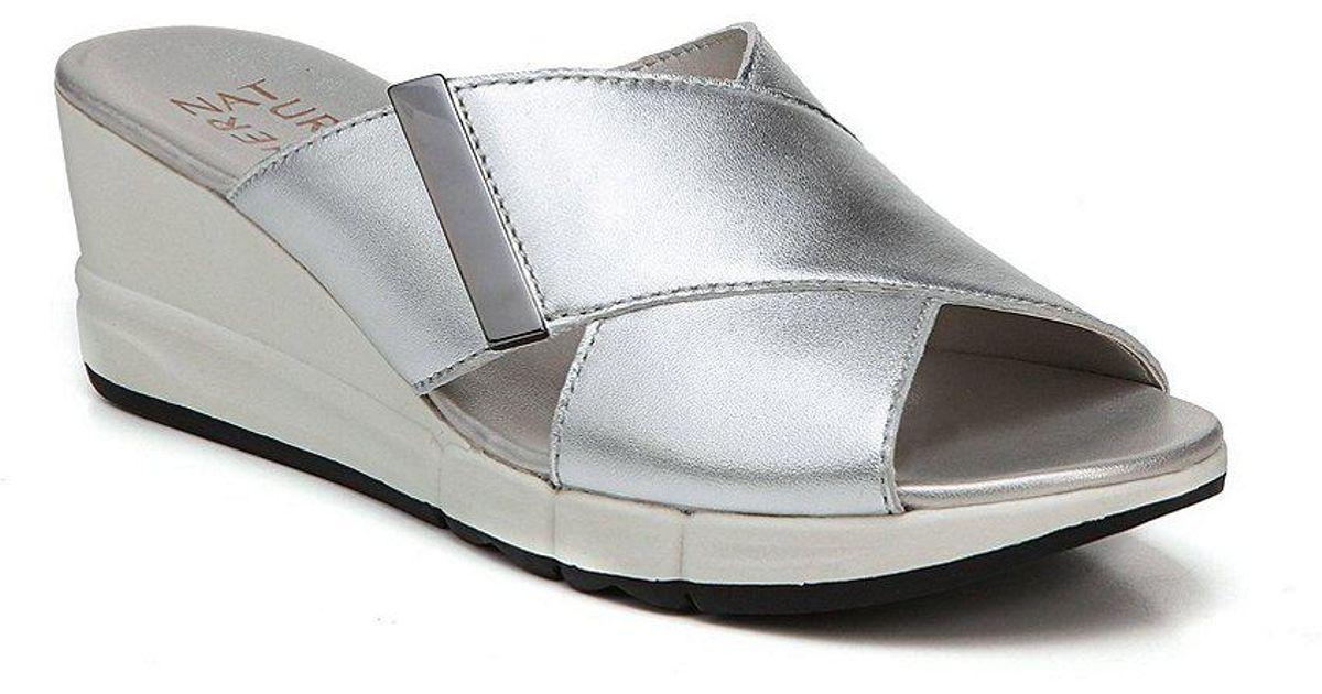 Izzy Sporty Wedge Sandals BCYe8k53E