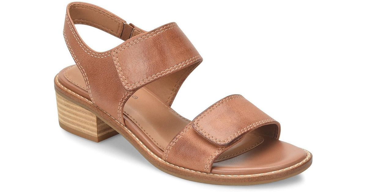 2e199e79bf3 Lyst - Comfortiva Baja Leather Block Heel Sandals