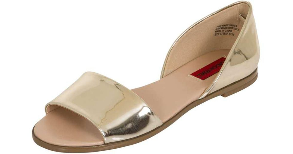 b8d69939ba55 Lyst - Dorothy Perkins London Rebel Gold Flat Open Toe Sandals in Metallic