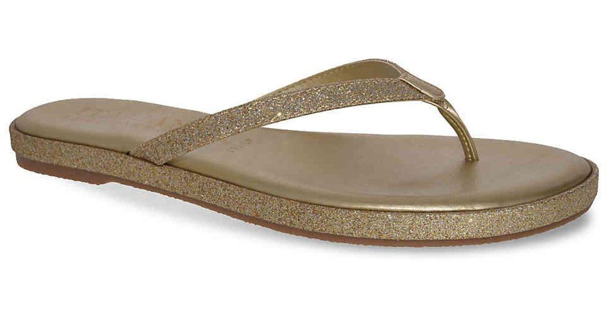 bfb5f388d7314 Lyst - Italian Shoemakers Wendi Flip Flop in Metallic