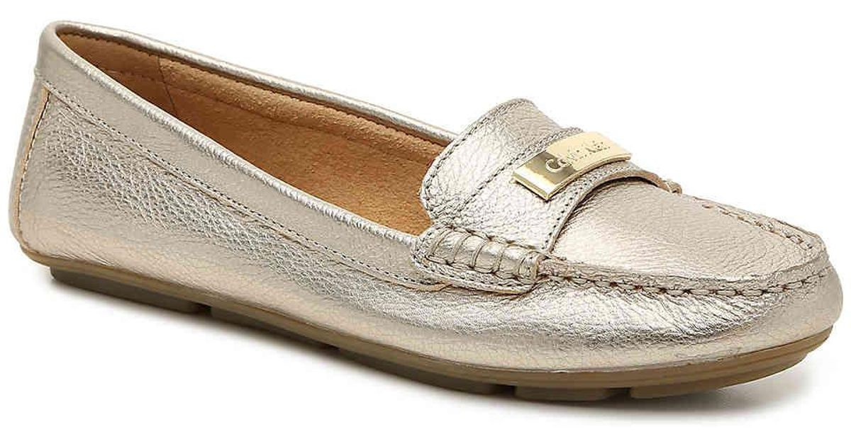 adae63f0a01 Lyst - Calvin Klein Lavida Loafer in Metallic