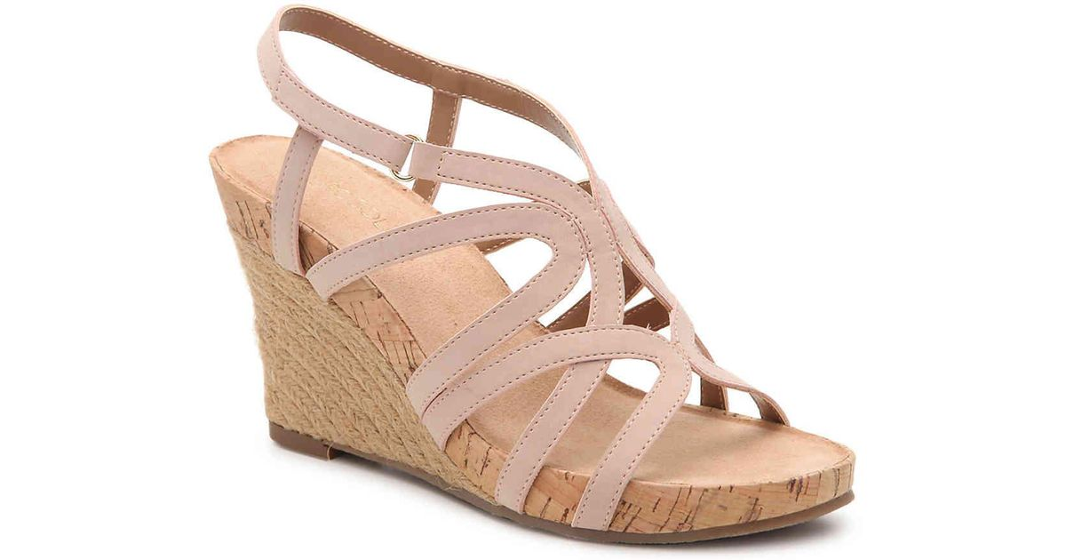 6d34f5da1d9 Lyst - Aerosoles Lux Plush Wedge Sandal in Pink