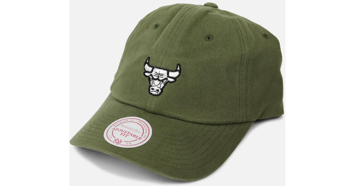 beff3f417ec Lyst - Mitchell   Ness Bchicago Bulls Ulls Slouch Strapback Hat in Green  for Men