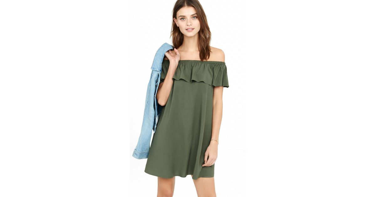 7eb8e2f7fead Lyst - Express Off The Shoulder Ruffle Trapeze Dress in Green