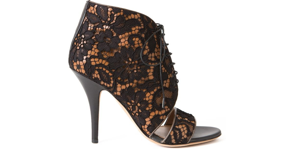 daab18f7d12d Lyst - Givenchy Patti Lace Heeled Sandals in Black
