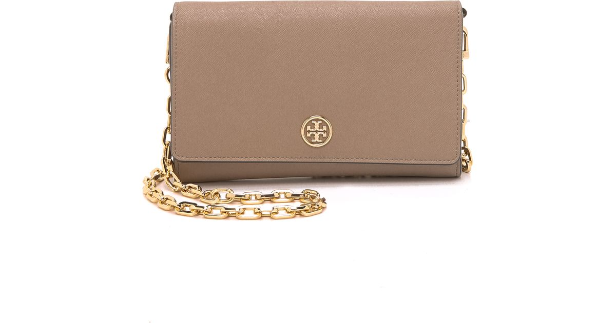 9d59e1bca7c5 Tory Burch Robinson Wallet-On-Chain in Gray - Lyst