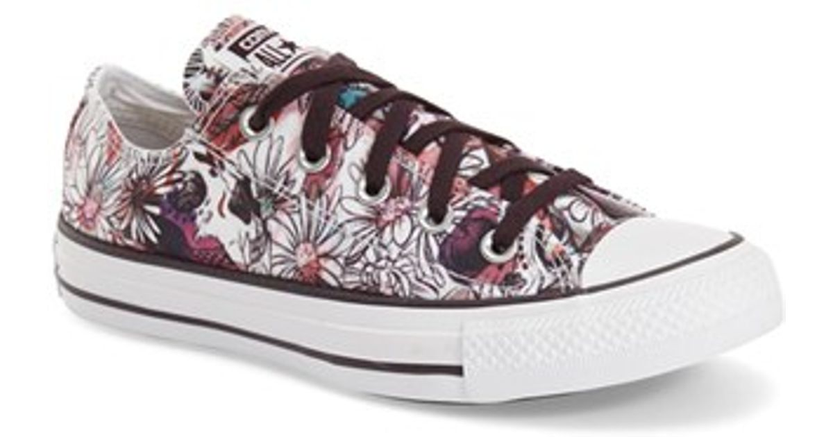 7dd94fa3f274 Lyst - Converse Chuck Taylor All Star  daisy Print Ox  Low Top Sneaker in  Pink
