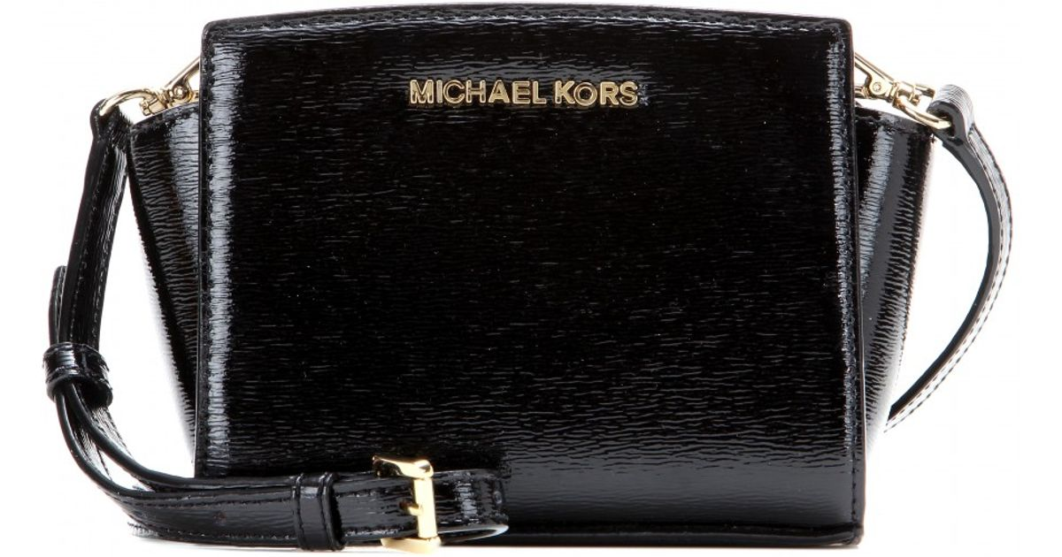 4b65a3f30cc3 MICHAEL Michael Kors Selma Mini Messenger Patent Leather Shoulder Bag in  Black - Lyst