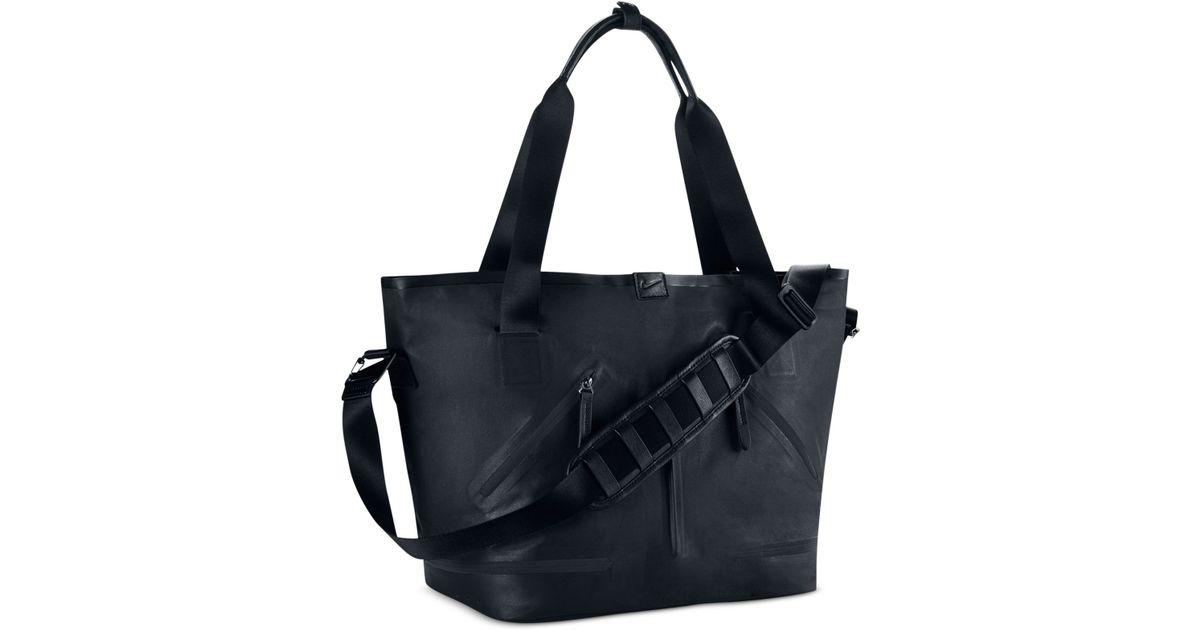 4ce0326a2137 Lyst - Nike Formflux Tote Bag in Black