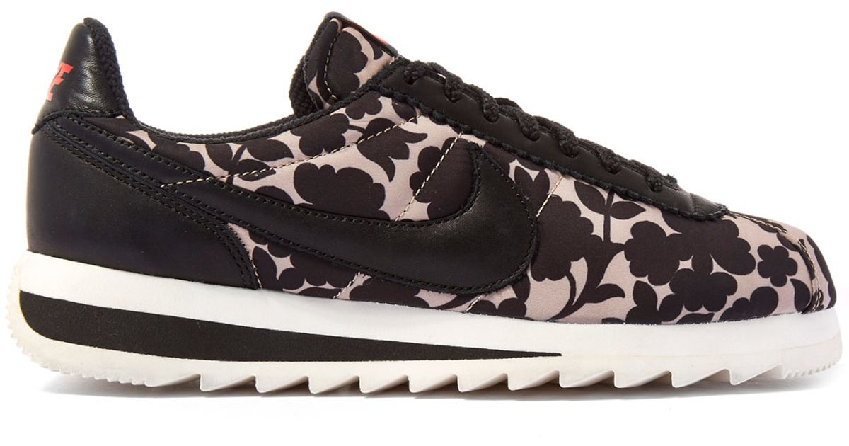 official photos 875d4 fc0d8 ... coupon code for lyst nike tan cameo print classic cortez epic trainers  a966f c2b72