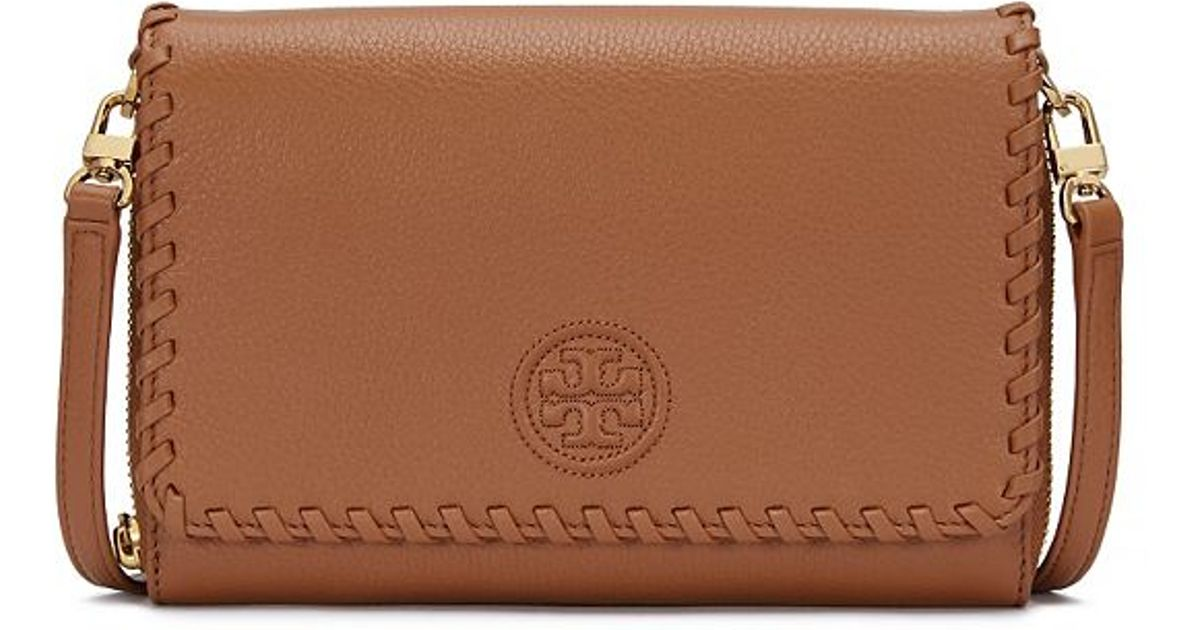 5e9b0304f153 Lyst - Tory Burch Marion Flat Wallet Cross-body in Brown