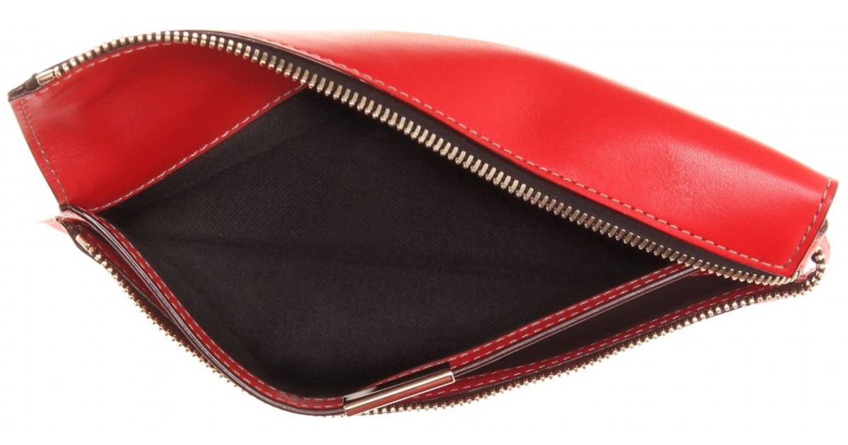 0eb4afa468a Victoria Beckham Small Zip Leather Clutch in Red - Lyst