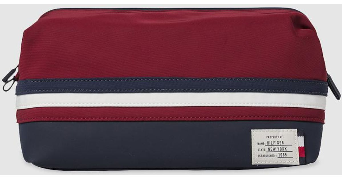 95f4db944ff Lyst - Tommy Hilfiger Navy Blue Nylon Toiletry Bag With Zip in Blue for Men