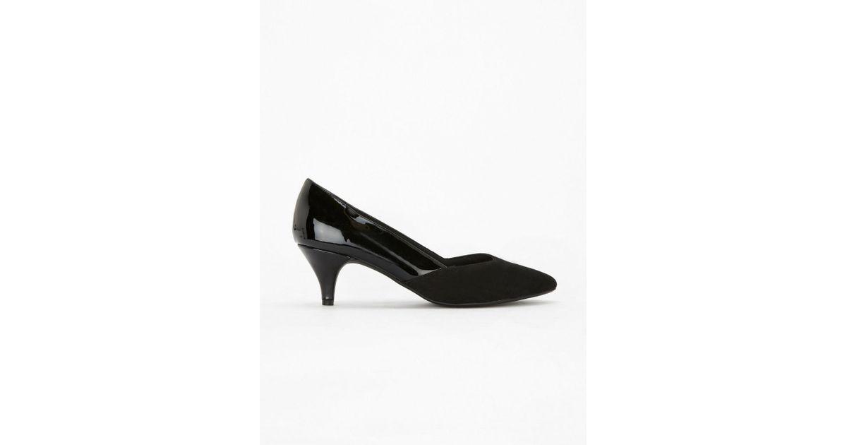 091687f2bda Evans Extra Wide Fit Black Sweetheart Kitten Heel Court Shoes in Black -  Lyst