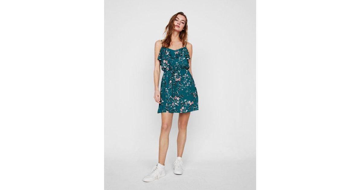 47e732526b23 Lyst - Express Floral Ruffle Front Tie Waist Dress in Green