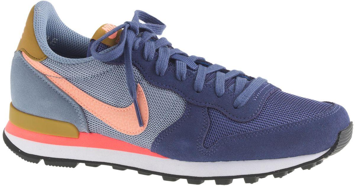new arrivals f83c5 6f723 J.Crew Women s Nike Internationalist Mid Sneakers in Blue - Lyst
