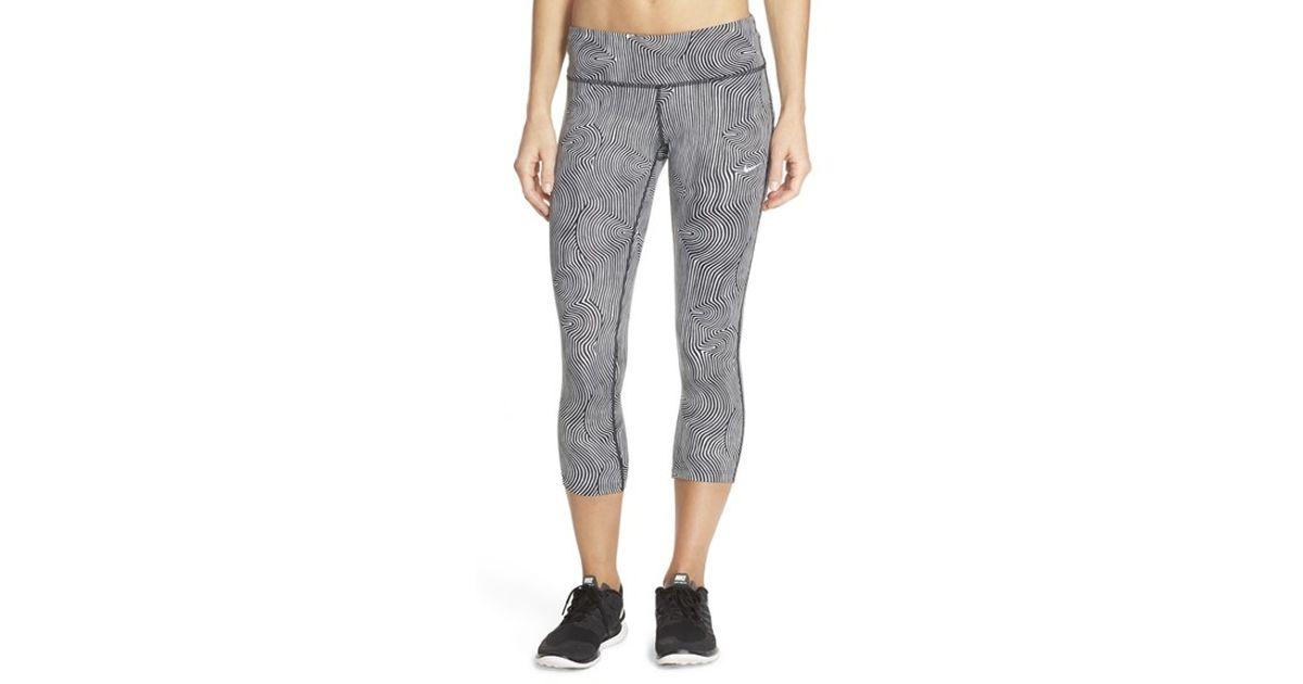 361d2af7aabf5 Nike 'zen Epic Run' Crop Leggings in Gray - Lyst