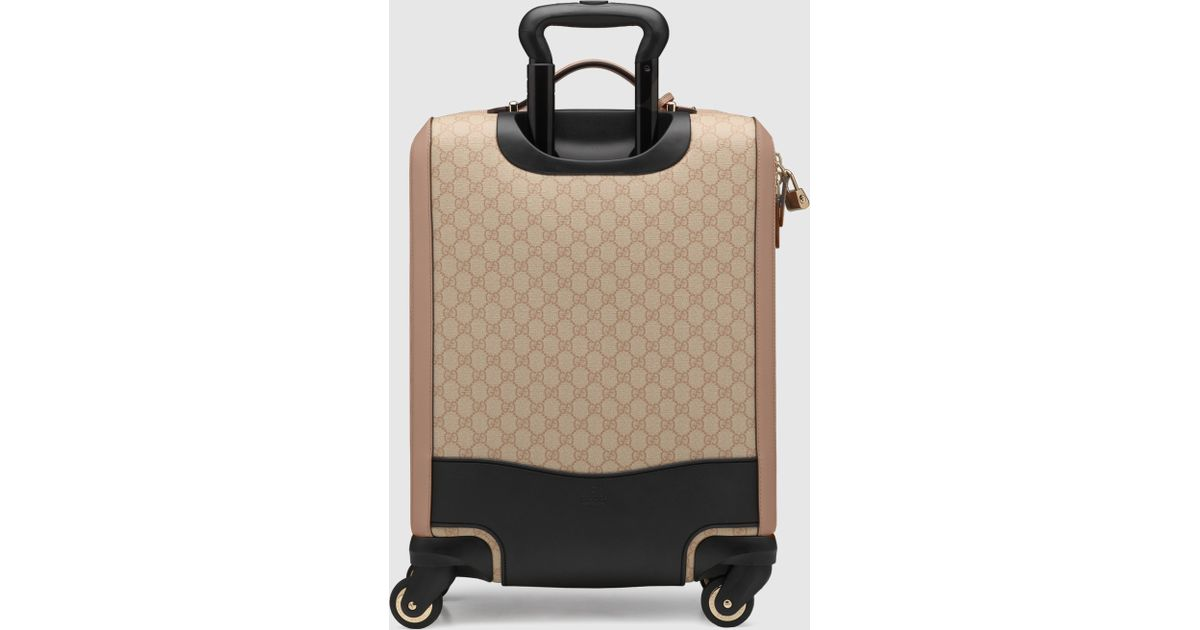 9ad0ca029dfe Lyst - Gucci Gg Supreme Canvas Four Wheel Carry-on Suitcase in Natural