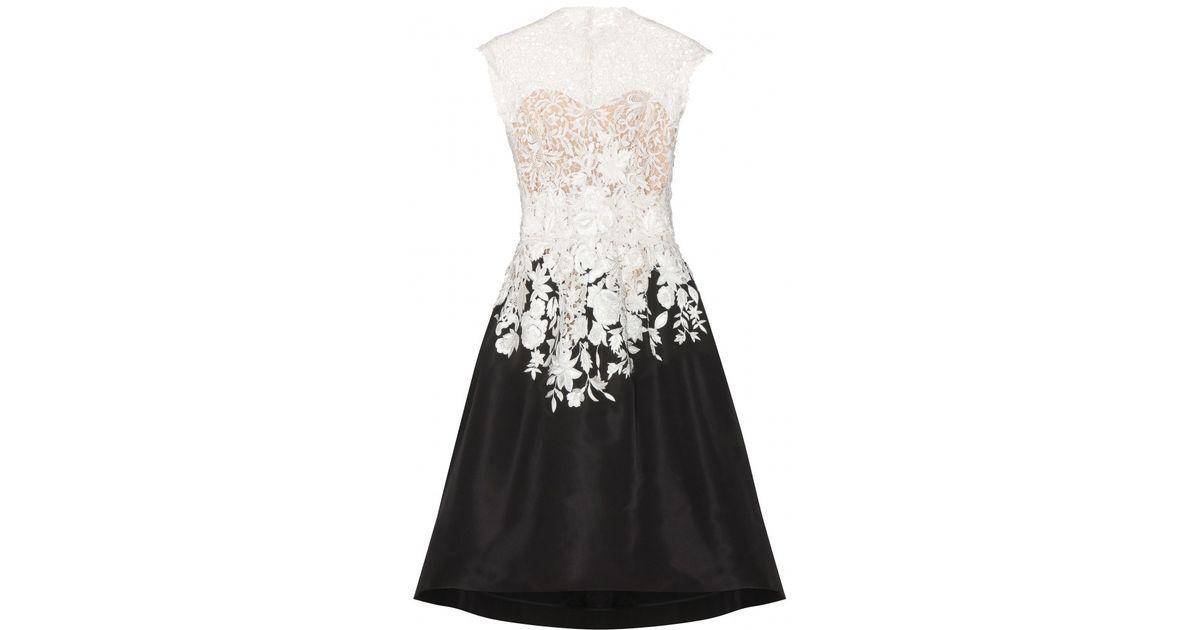 Lyst Oscar De La Renta Lace And Silk Dress In Black