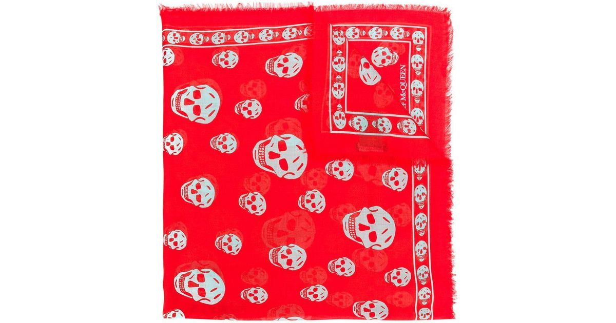 93a1126068cb Lyst - Skull scarf Alexander McQueen en coloris Rouge - 42.30769230769231 %  de réduction