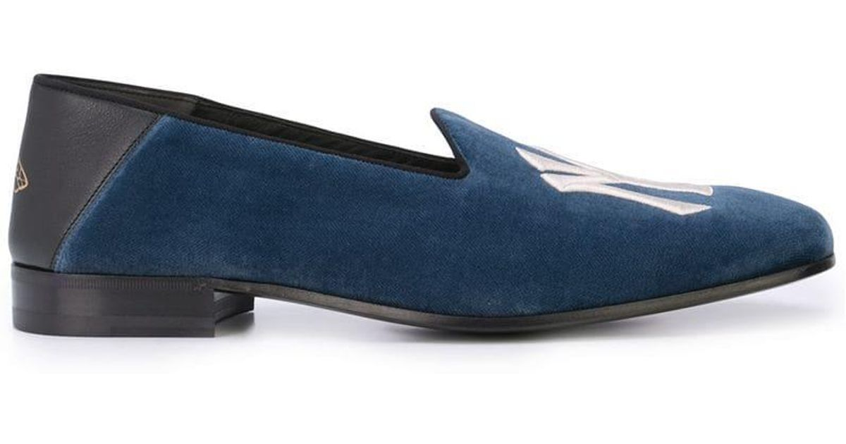 fda322cc506fc Lyst - Gucci Fold-down Velvet Loafers With Ny Yankeestm Patch in Blue for  Men