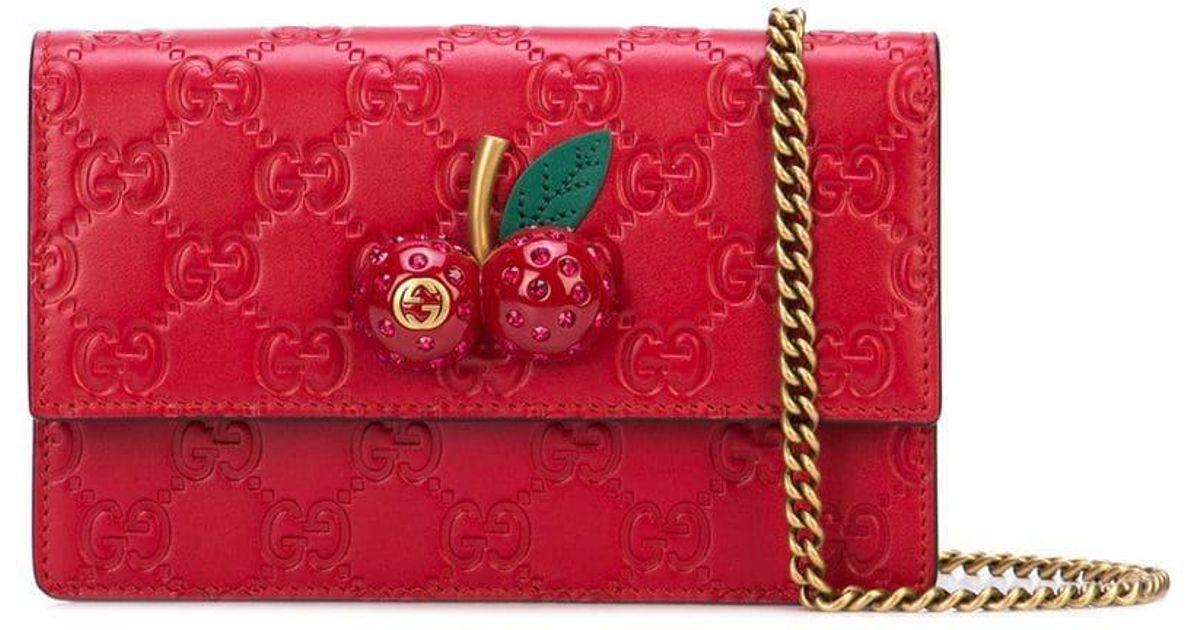 028f73ad4 Gucci Signature Mini Bag in Red - Lyst