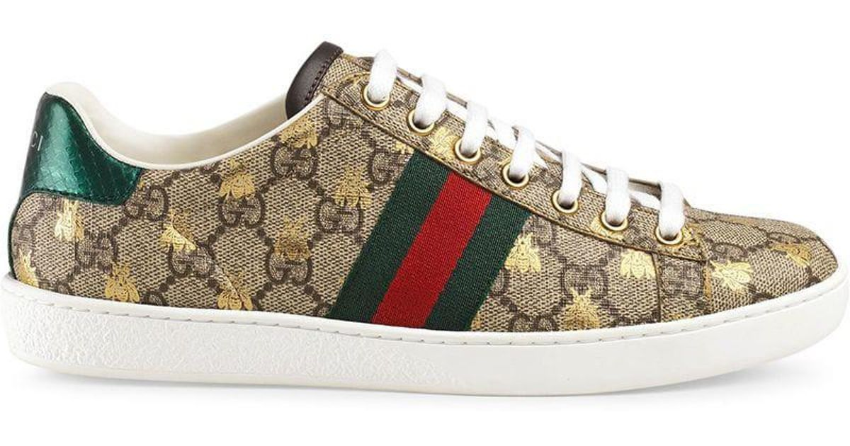 ed2c147067f Lyst - Gucci Ace GG Supreme Sneaker With Bees