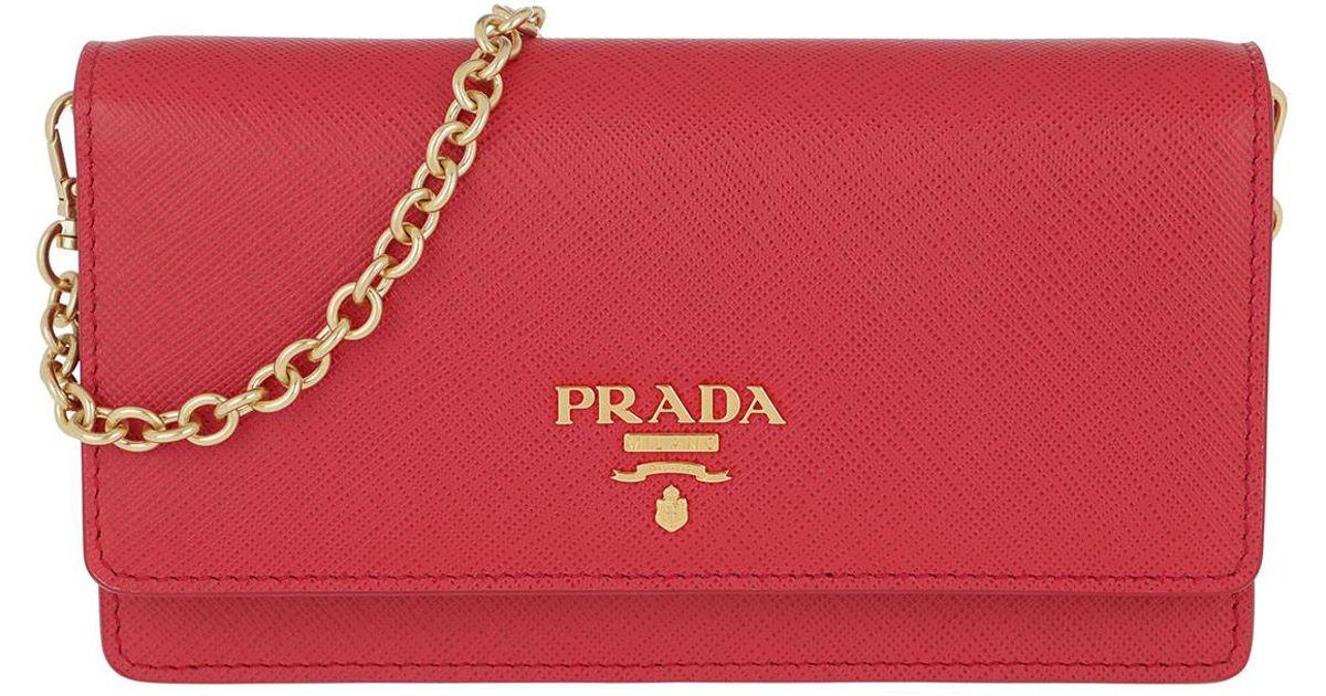 be52a13e3de9 Prada Wallet On Chain Saffiano Leather Fuoco in Red - Lyst