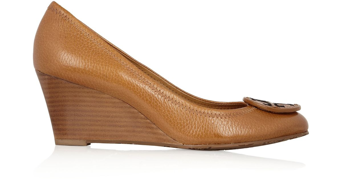 2f0ab860e15 Tory Burch Sally Leather Wedge Pumps in Brown - Lyst