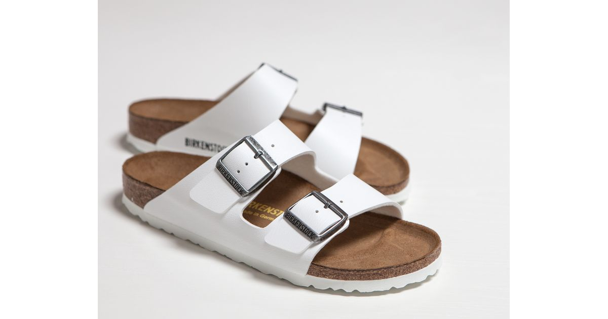 new product cb2e9 b858f James Perse Birkenstock Arizona Sandal - Mens in White for Men - Lyst