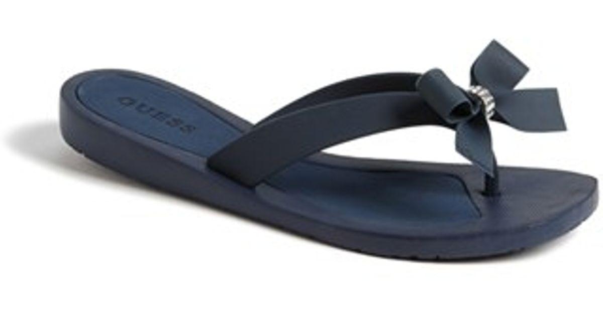 554f10c36 Lyst - Guess  tutu  Flip Flop in Blue