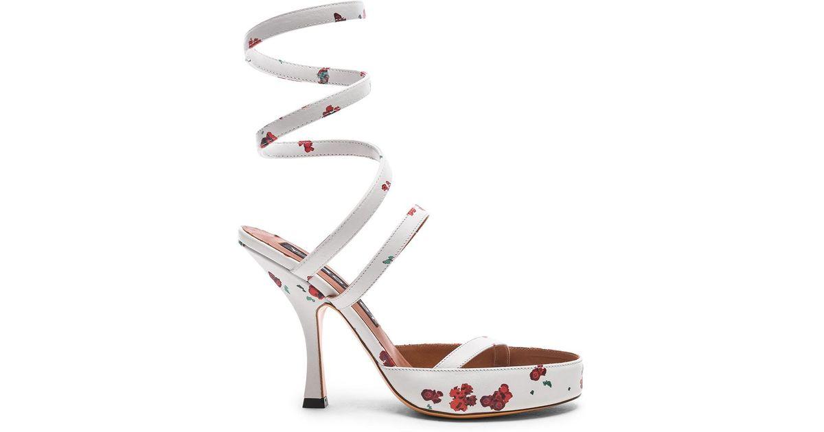 Y / Projet Sandales Spirale Imprimé Floral - Blanc qxCImw