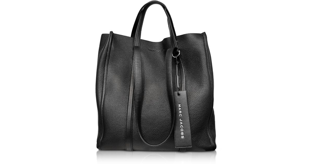3782ffc14933 Marc Jacobs The Tag 31 Leather Tote - in Black - Lyst
