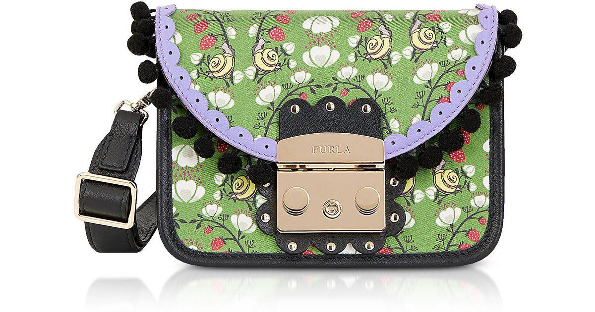 16c8bdae754d Lyst - Furla Toni Smeraldo Strawberry Printed Satin Metropolis Serenissima Mini  Crossbody Bag in Green
