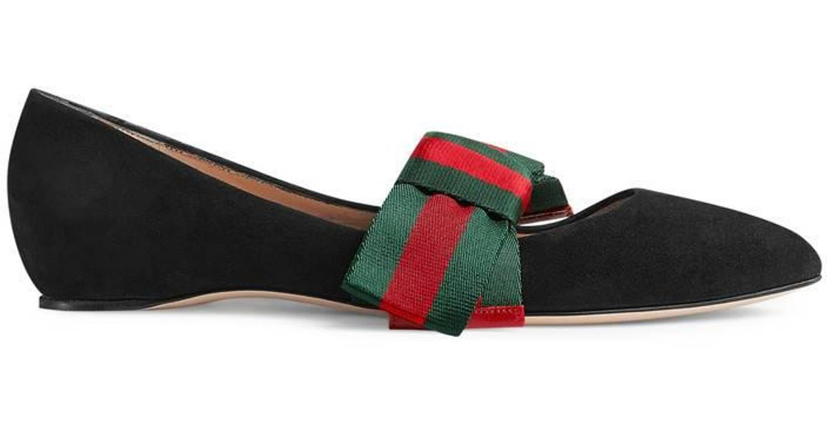 77f9c5c5706f9f Lyst - Gucci Suede Ballet Flat With Web Bow in Black