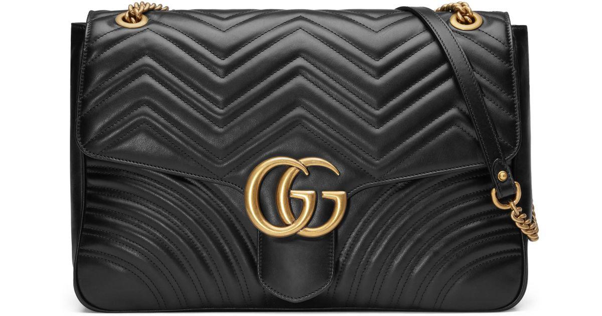 e8e4750f0b Sac à épaule grande taille à motif GG Marmont Gucci en coloris Noir - Lyst