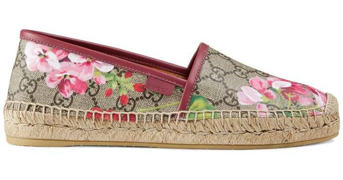 9ce31c944e9 Lyst - Gucci Gg Blooms Supreme Espadrille in Pink