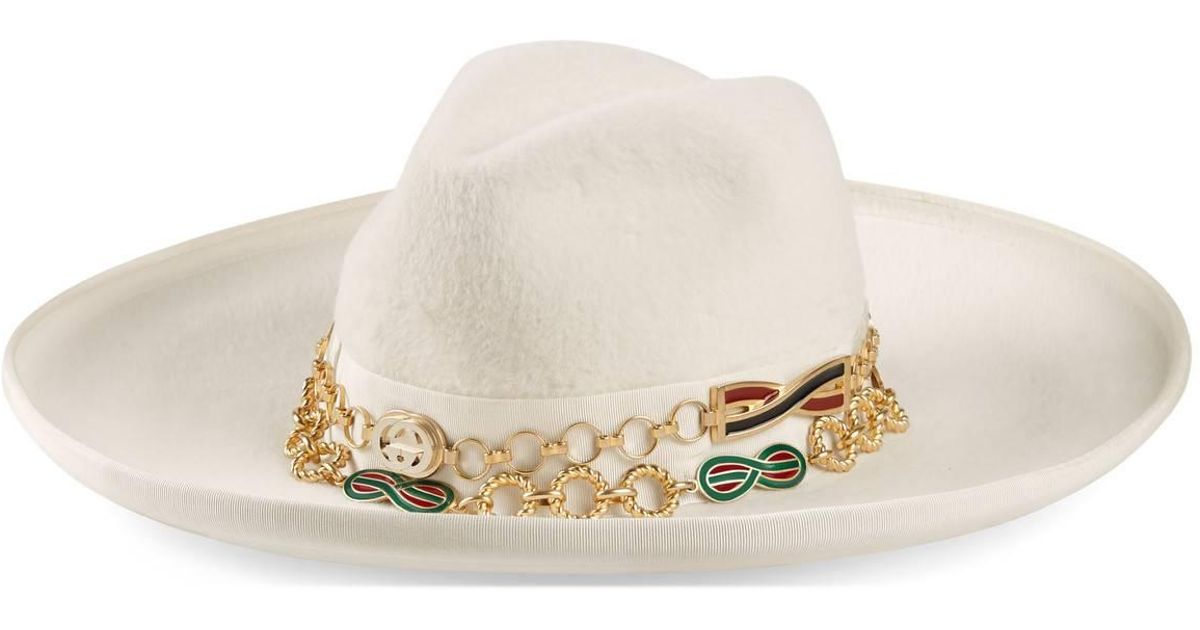 63c6f5b4e95 Lyst - Gucci Felt Wide-brim Hat With Chain Detail in White