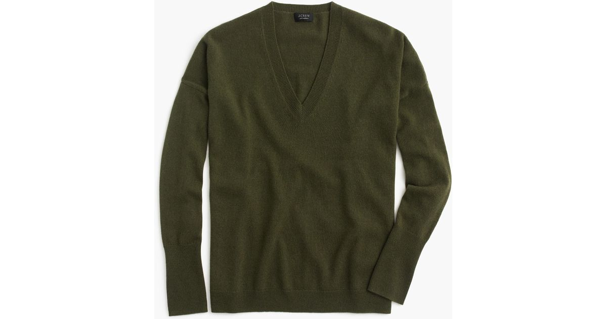 c092ed80f856 Lyst - J.Crew V-neck Boyfriend Sweater In Everyday Cashmere in Green