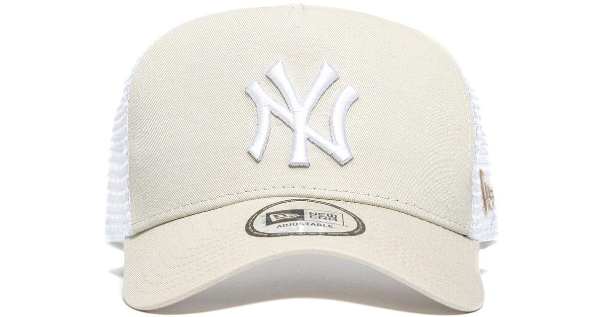 6482fad9c5c Lyst - Ktz Mlb New York Yankees Snapback Trucker Cap in Brown for Men