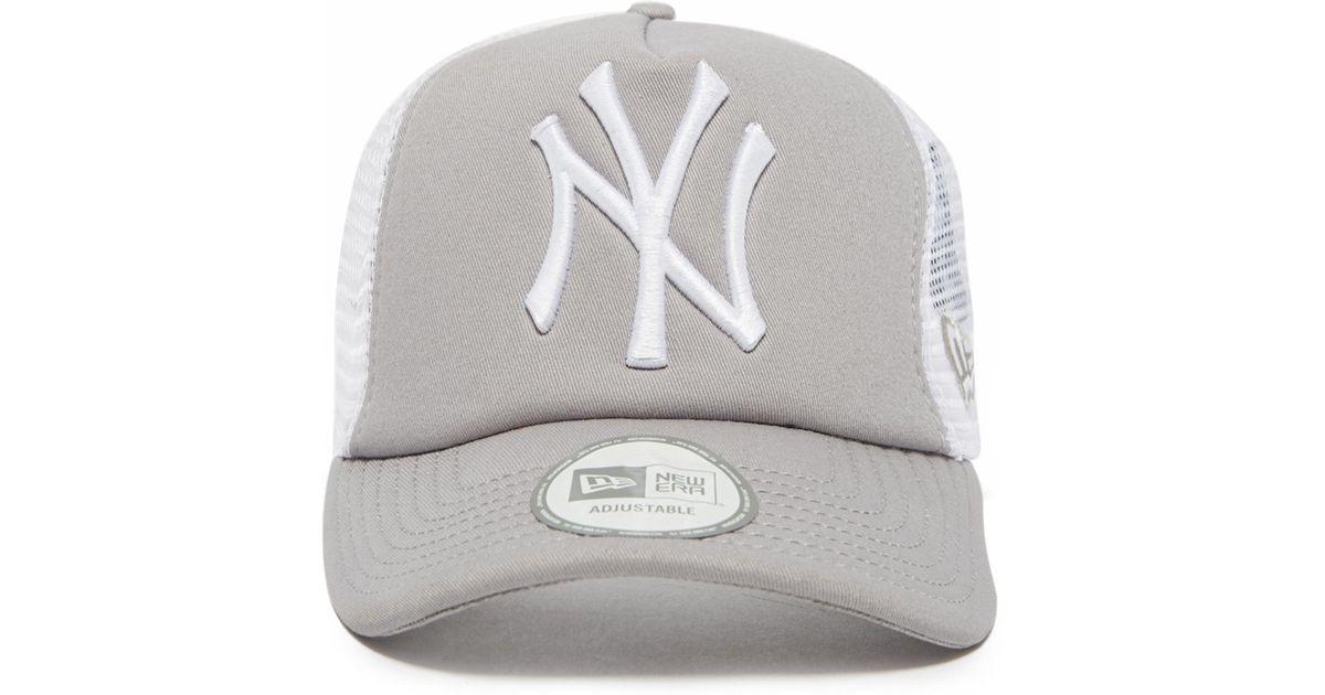 Lyst - Ktz Mlb New York Yankees Snapback Trucker Cap in Gray for Men f980b19964e