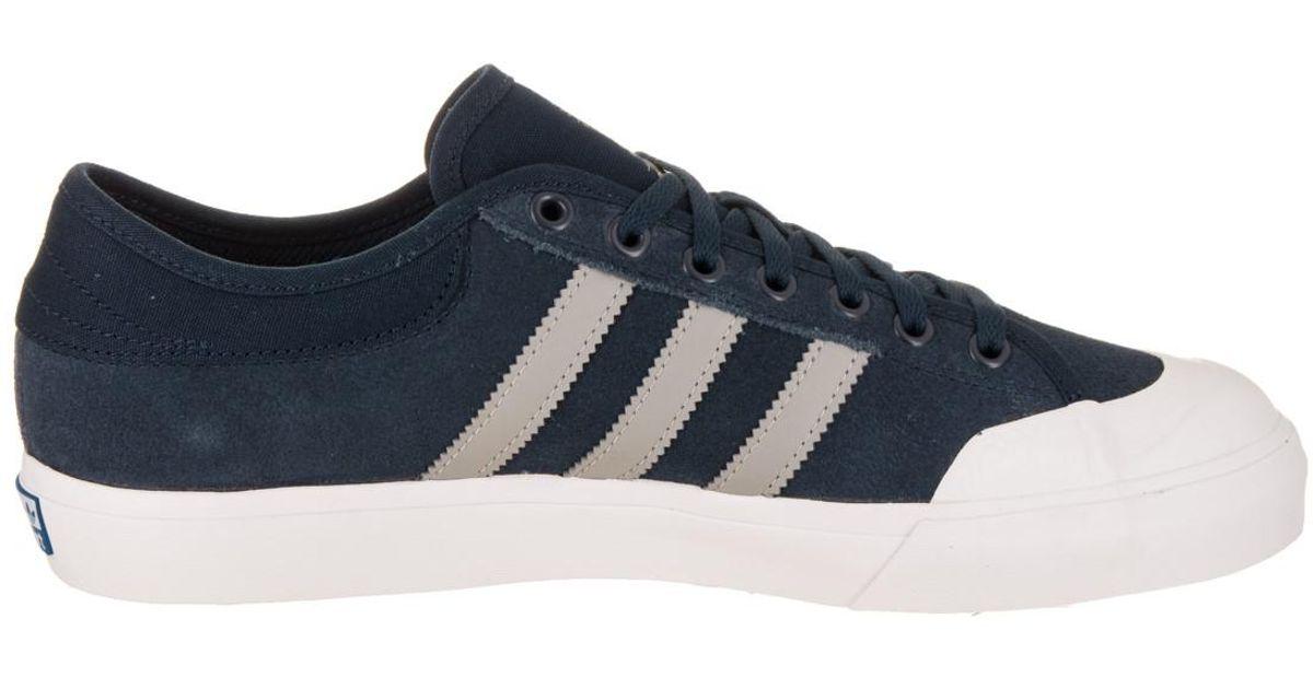 Matchcourt Lyst adidas conavy / mgsogr / gum4 skate zapatos 13 hombres en