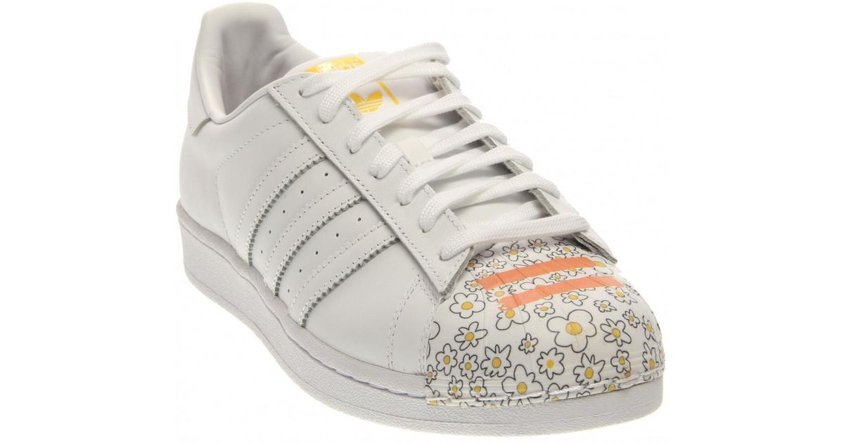 the latest 5622a 0704d adidas-WhiteYellowFlower-X-Pharrell-Williams-Superstar -Supershell-Sneakers-Shoes.jpeg