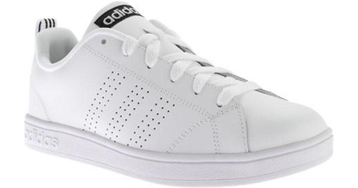 lyst adidas neo vantaggio pulito vs scarpe da ginnastica in bianco per gli uomini.