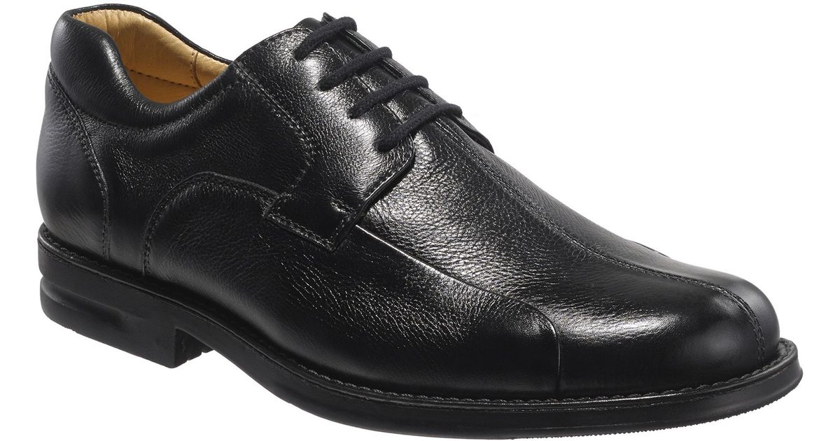 Raveler Collection Chester Lace Up Shoes