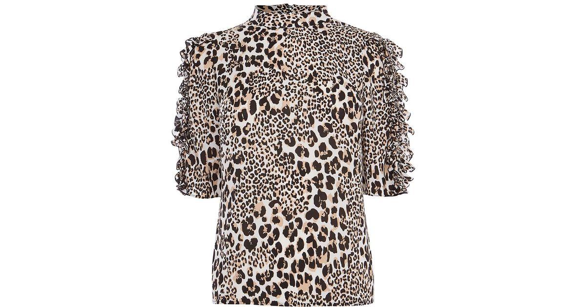8df0f9172c4 Karen Millen Leopard Print Frill Top in Black - Lyst